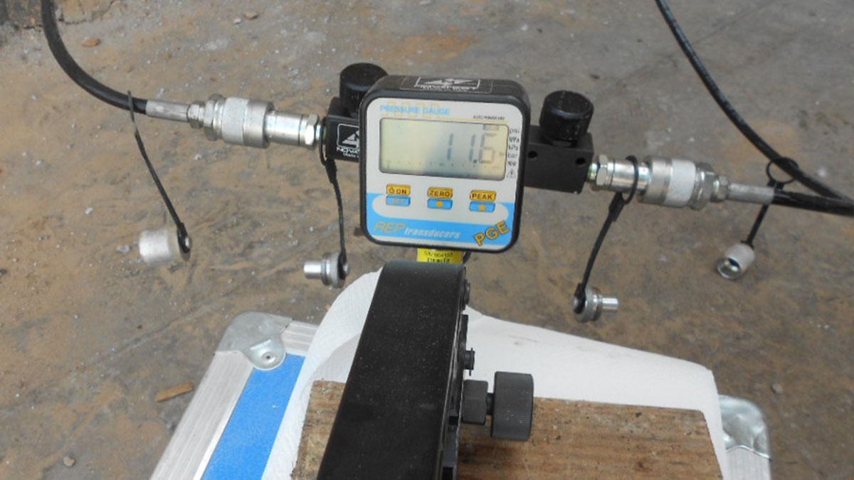 pompa-manuale-a-100-bar